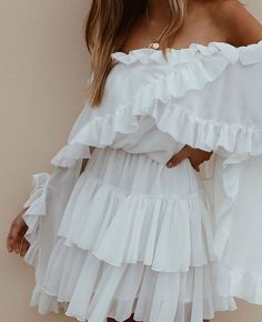 Woman All White Outfits Cute Dresses, Casual Dresses, Short Dresses, Fashion Dresses, Summer Dresses, Dresses Dresses, All White Outfit, White Outfits, Classy Outfits