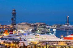 Barcelona on suosittu risteilykaupunki, josta pääsee laivaan hyvinkin edullisesti.