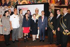 (From left to right) Sonya Medina Williams, VP of Community and External Affairs, Silver Eagle Distributors; Adam Quintana, President of LULAC council #2; Charlie Garza, Rey Feo LXI; Daniel Morales, Media Director of Walmart; Marcella DeLuna, S.A. Store Associate; Evangelina Flores, President of Fiesta S.A. Commission; Richard Ojeda, Rey Feo LXIV; Mayor Julian Castro; Walter Serna, Rey Feo LXII; Mark Koshnick, Pres. of Capital One Bank, S.A.; Thomas Aguillon, Director of Govt Relations.