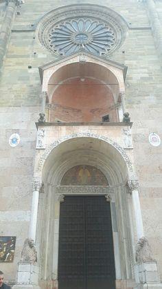 Portale dal transetto della cattedrale di piacenza for Portale arredamento