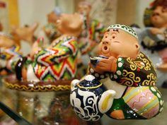 Ceramics. Uzbek souvenirs