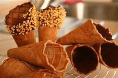 Cialde per coni da gelato - Ricetta di rogibraltar per kucinare.it