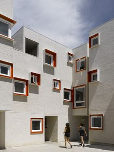 Gallery of Centre Village / 5468796 Architecture + Cohlmeyer Architecture Limited - 3