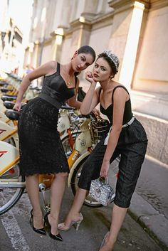 Oh Italy, sweet, sweet land of the pasta, the pizza, the gelato and the tiramisu. Fashion Photo, Love Fashion, Runway Fashion, Womens Fashion, Ladies Fashion, Kristina Bazan, Italian Lifestyle, Bae, Italian Women