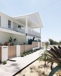 Because the home is close to the ocean, it has an outdoor shower near the back of the two-car garage to help keep things tidier indoors. Altering the entire house around at once isn't a very good idea and can… Continue Reading → White Beach Houses, Small Beach Houses, Beach Cottage Style, Beach House Decor, Coastal Style, Style At Home, Australia House, Beach House Kitchens, Deck