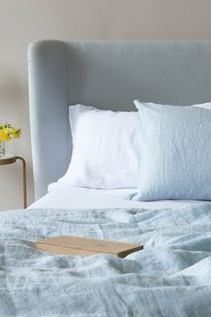 Our Lazy Linen does exactly what is says on the tin. Made from gorgeous crushed Belgian linen, it doesn't need ironing yet still looks fantastic. Cheap Bedding Sets, Bedding Sets Online, Beige Bed Linen, Modern Country Style, Ivy House, Breakfast In Bed, Beautiful Bedrooms, Luxury Bedding, Linen Bedding