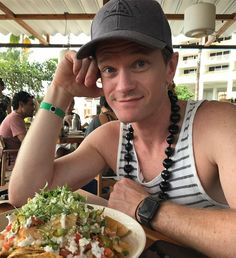 Two of my favorite things. NPH and nachos! David Burtka, Neil Patrick Harris, Kat Dennings, Himym, A Series Of Unfortunate Events, Comedy Series, How I Met Your Mother, Janet Jackson, Celebs