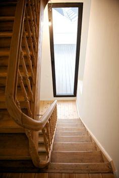 De trap werd gerestaureerd, foto Ian Segal,  0918BERN stam.be