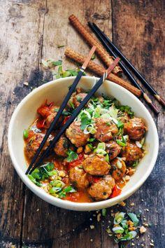 Asian pork and shrimp meatballs - Recipe in English...
