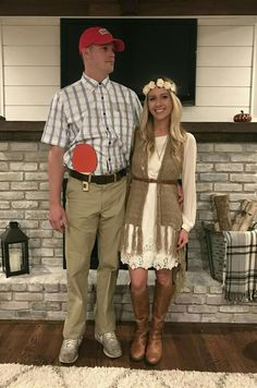 Hallowen Costume Couples Forrest Gump and Jenny Halloween costume Easy Couples Costumes, Cute Couple Halloween Costumes, Funny Couple Halloween Costumes, Cute Halloween Costumes, Family Halloween, Diy Costumes, Halloween Diy, Halloween Couples, Group Costumes