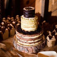 Rustic Wedding Cake #rusticweddings #cakes