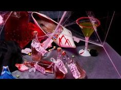 "Do it Yourself Halloween étiquette ""Drink me"" - YouTube"