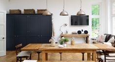 Arts and Crafts Kent Kitchen | deVOL Kitchens