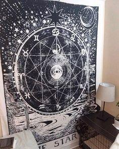 Medieval Tarot Decor for College Dorm Room Art Tarot Star Wandteppich Wandbehang. Goth Bedroom, Grunge Bedroom, Room Decor Bedroom, Bedroom Inspo, Tapestry Bedroom, Tapestry Wall Hanging, Dorm Room Art, Goth Home Decor, Gypsy Decor