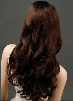 I wish my hair looked like that! I love the soft curls going down.