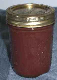 Apple butter, yes please! This site has lots of great canning recipes!