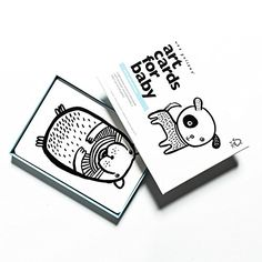 Wee Gallery Art Cards for Baby- Pets Collection Wee Gallery https://www.amazon.com/dp/B001FBIHE4/ref=cm_sw_r_pi_dp_x_TsTrybHSWXHSY