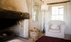 English Farmhouse. The fireplace!