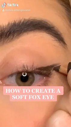 Flawless Face Makeup, Contour Makeup, Skin Makeup, Fox Makeup, Makeup Eye Looks, Makeup Tips, Fox Eyes, Everyday Makeup Tutorials, Glamour Makeup