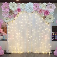 Backdrop for a beautiful baby shower ❤️ Birthday Party Decorations Diy, Wedding Stage Decorations, Baby Shower Decorations, Sweet 16 Party Decorations, Paper Flower Decor, Flower Decorations, Paper Flowers, Paper Flower Backdrop, Quinceanera Decorations