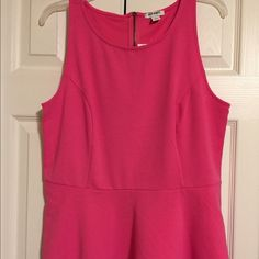 Peplum top Old Navy sleeveless peplum top with back zipper. Size: 12 Old Navy Tops Blouses