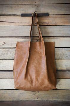 Emili Yehezkel: Bags