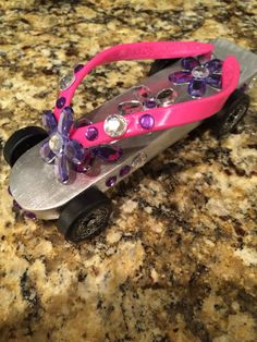 Trendy derby cars ideas design for girls 36 ideas American Heritage Girls, Pinewood Derby Cars, Brownie Girl Scouts, Powder Puff, I Love Girls, Cub Scouts, Car Girls, Disney Cars, Girl Day