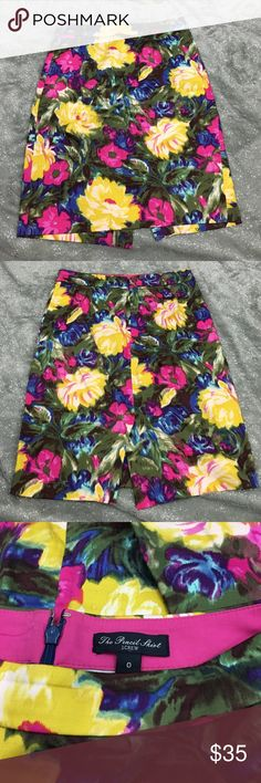J. Crew the pencil skirt floral print In excellent preowned condition   NO TRADES. NO HOLDS. NO LOWBALLERS. NO NONSENSE J. Crew Skirts Pencil