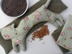 Microwavable wheat bag kits are available from the Wheat Bag Company. Home Crafts, Diy And Crafts, Craft Kits, Craft Ideas, Wheat Bag, Sewing Projects, Homemade, Crafty, Stitch