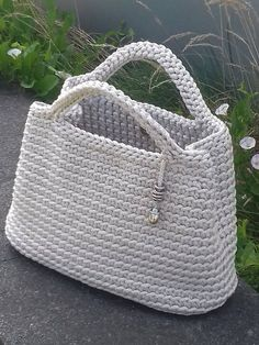 Handmade crochet bag from rope will be the best accessory or a gift for you or your friend! Perfect for using everyday. This stylish handbag just begs to be with you on holiday. Size: height 26 cm in], width 32 cm in] The length of the handle 27 Rope bag Crochet Basket Pattern, Crochet Tote, Crochet Handbags, Crochet Purses, Crochet Gifts, Crochet Hooks, Beach Crochet, Crochet Summer, Crochet Patterns