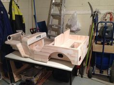 New Zealand Dad making a for his daughter Wooden Boat Plans, Wooden Car, Jeep Willys, Metal Toys, Wood Toys, Jeep Bed, Soap Box Cars, Mini Jeep, Go Kart Plans