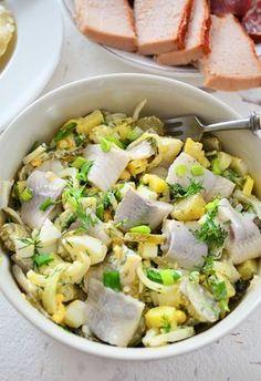 Śledzie po chłopsku Healthy Dishes, Healthy Recipes, Healthy Food, Good Food, Yummy Food, Seafood Salad, Polish Recipes, Polish Food, Easy Food To Make