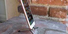 Kenu Stance iPhone Tripod: Slightly Expensive, High-end Finishing
