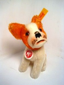 A modern replica of the pre-war Steiff Bully. Like the original, this Bully has large ears, basic coloring, and a timeless, endearing facial expression.
