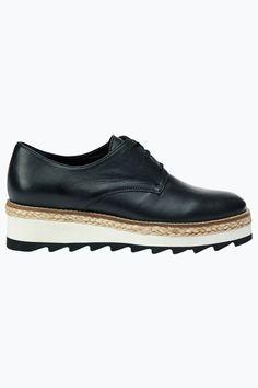 c1bbb82a3 Ellos Shoes Lågsko med snörning Skor Med Kilklack