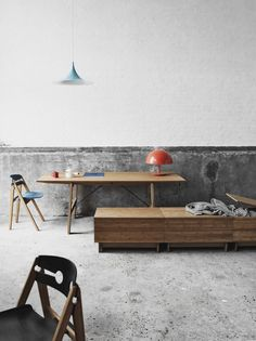 Love the storage crate (all furniture by We:Do:Wood)