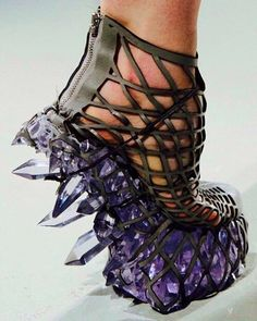 crazy shoes Iris Van Herpen Fall 2015 Shoes (Im sure these are not vegan, but they are so crazy I had to pin them! Can you imagine the crystals crunching underfoot! Women's Shoes, Cute Shoes, Me Too Shoes, Shoe Boots, Wrap Shoes, Creative Shoes, Unique Shoes, Funny Shoes, Weird Shoes