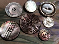 US $48.00 Used in Collectibles, Sewing (1930-Now), Buttons