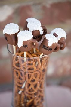 12 Beer Mug Football Party Cake Pops by ChasingPinkFireFlies