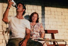 Kathy Bates and David Strathairn in Dolores Claiborne Stephen King Movies, Stephen Kings, Dolores Claiborne, Husband Humor, Funny Husband, Moving Pictures, Classic Movies, Great Movies, Movie Tv