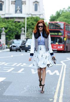 Taylor Tomasi Hill, Spring London Fashion Week Street-Style Photos by Tommy Ton Milan Fashion Week Street Style, London Fashion, Street Style Women, Vogue Fashion, Fashion Photo, Taylor Tomasi, Fashion Corner, Editorial Fashion, Fashion Trends