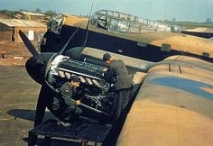 THE RAF, 1939-1945 bomber engine fix