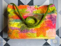 """""""AUTUM 1"""" handbag. DESIGNED & MADE by NEREIDA BONMATÍ. Corriedale and Merino wool, hand dyed, wet felted. UNIQUE PIECE, hand made. FELT ART, TEXTILE ART, ECO-CHIC, SUSTAINABLE GARMENTS FOR SUSTAINABLE LIFE, CLEAN PROCESSES. By NAÏVE Slow Felt Fashion"""