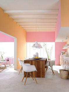 Soft pink and tangerine walls