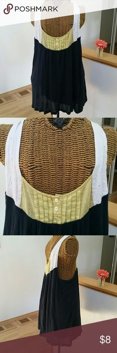 """Little yellow button Anthropologie tank top L Really cute tank top Sz L Flowing style Eyelet straps with yellow and 3 button front Racer back Rayon linen...layers...comfy Underarm to underarm 18"""" Top of shoulder to hem 25"""" Gently loved...some wash wear Anthropologie Tops Tank Tops"""