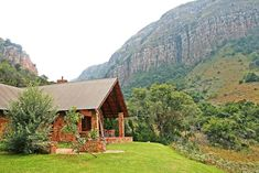 Self-catering cottages in Lydenburg, Mpumalanga. Click on pic to see more. Accommodation is available in 23 self-catering crofts – picturesque stone houses carefully and privately sited to make the best of the breathtaking surrounding views. Self Catering Cottages, Stone Houses, Cabin, House Styles, Home Decor, Stone Cottages, Decoration Home, Room Decor, Stone Homes