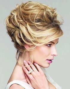 Hairstyles and Updos for Long Hair
