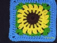 100_2052.jpg... Free pattern for this sunflower square!