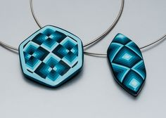 """Pendants with geometric illusion pattern using peeling technique and """"Quark"""" die-form from Dan Cormier"""