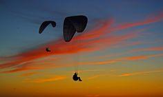 3-2151 Paragliding in Le Havre France  滑翔伞 패러 글라이딩 Yamaç Paraşütü パラグライディング Parapendio